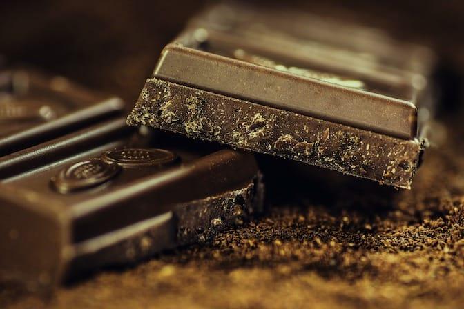 Print your CV on a bar of chocolate